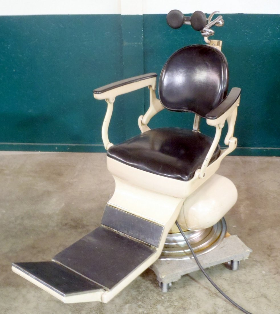 Weber dental chair with Instrument Stand