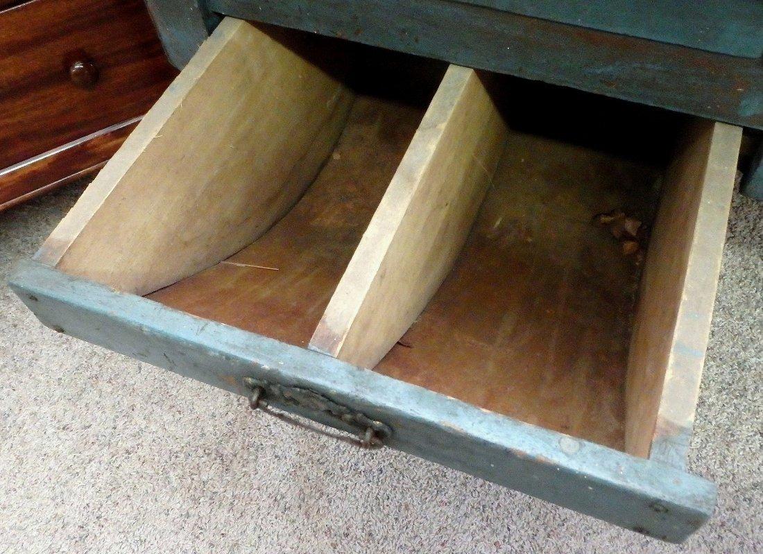 Possum Belly Baker's Table - 9