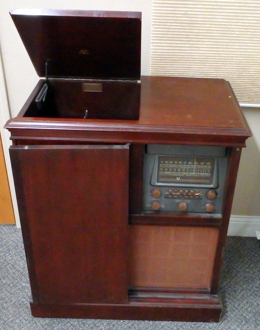 Vintage Magnavox Console Radio/Turntable