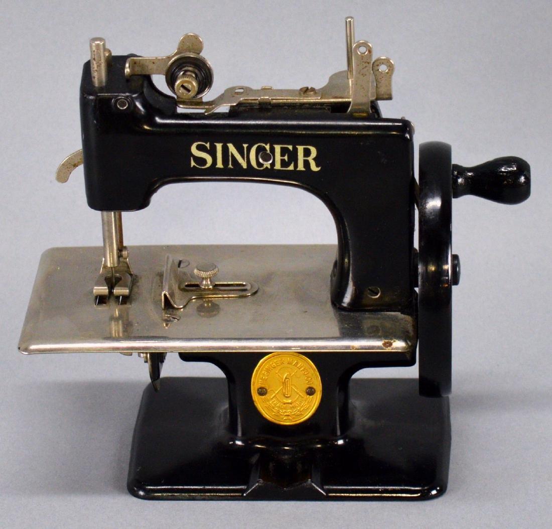 Singer Hand Crank Miniature Sewing Machine