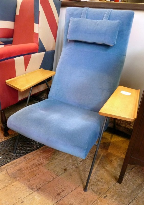 1950s chair, designed by Robin Day for Hille of London