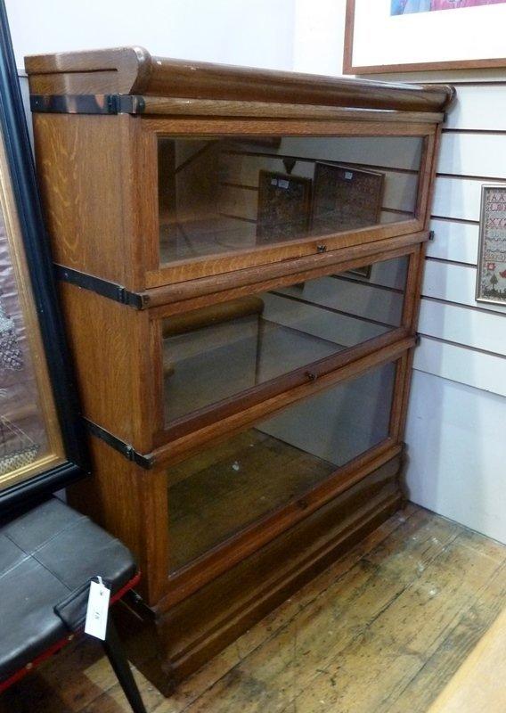 Twentieth century Globe Wernicke oak bookcase, three