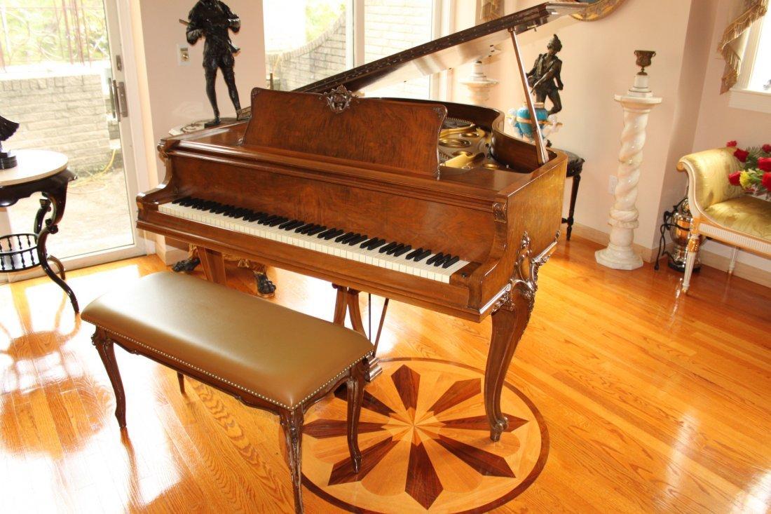 Knabe Louis XV Baby Grand Piano