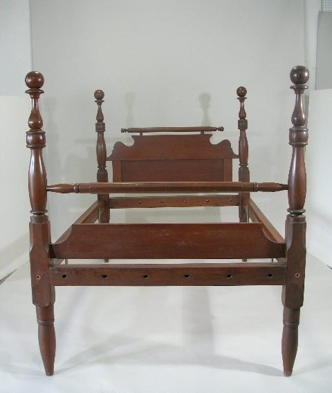 1008: Medium High Post 3/4 Bed, American, 19th c.,