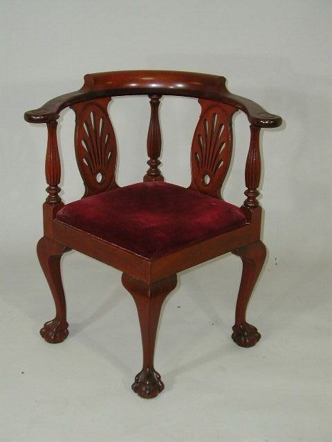 18: Chippendale Style Corner Chair,