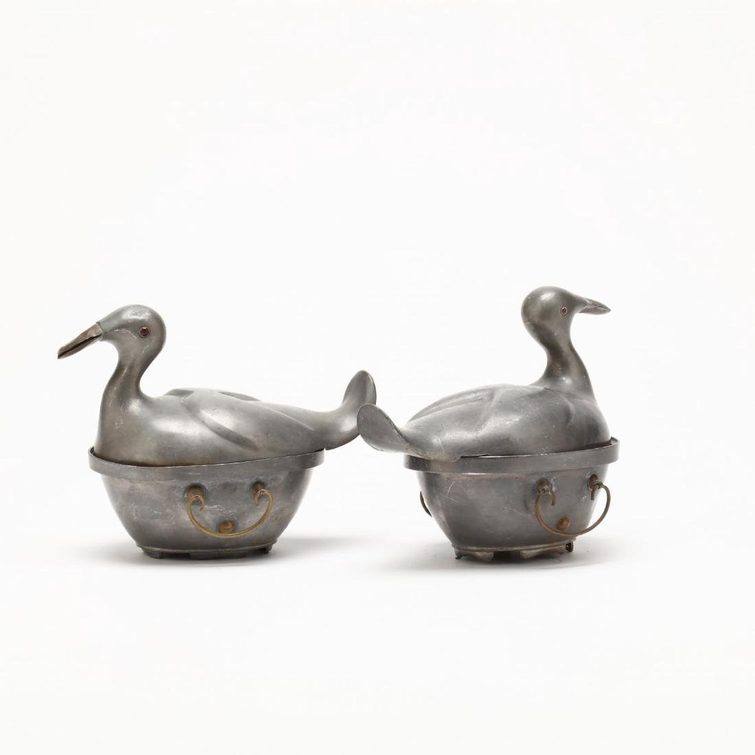 A Pair of Chinese Pewter Duck Containers - 3