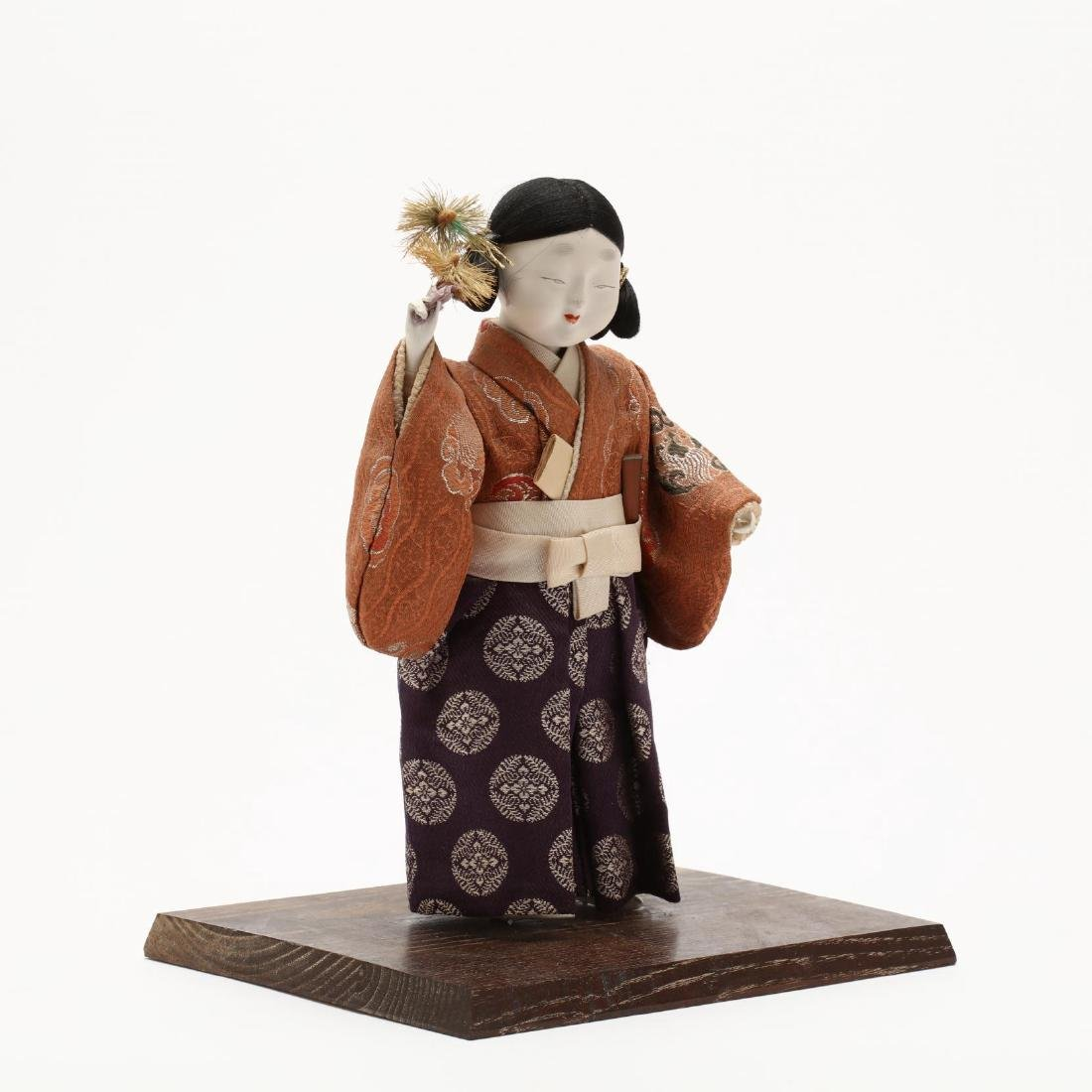 A Group of Five Japanese Dolls - 9