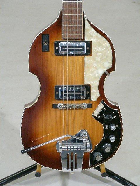 2030: Late 1960s Hofner Viola Electric Guitar, - 2