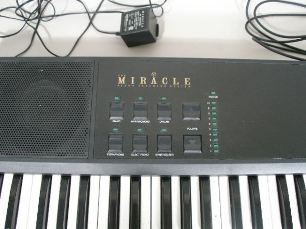 2083: The Miracle Piano Teaching System Keyboard, - 2