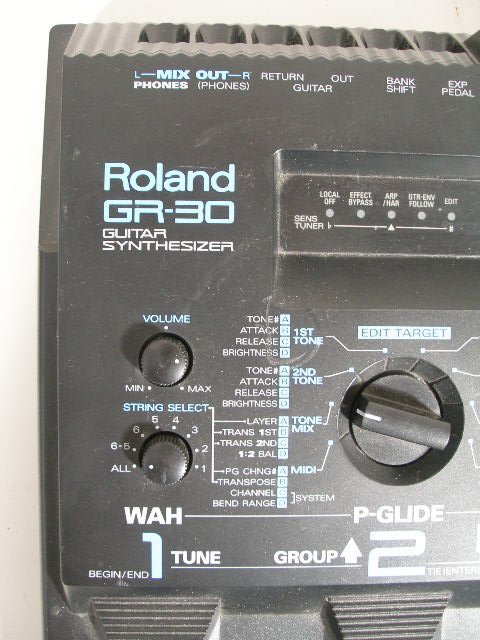 2086: Roland GR-30 Guitar Synthesizer Pedal Board, - 2