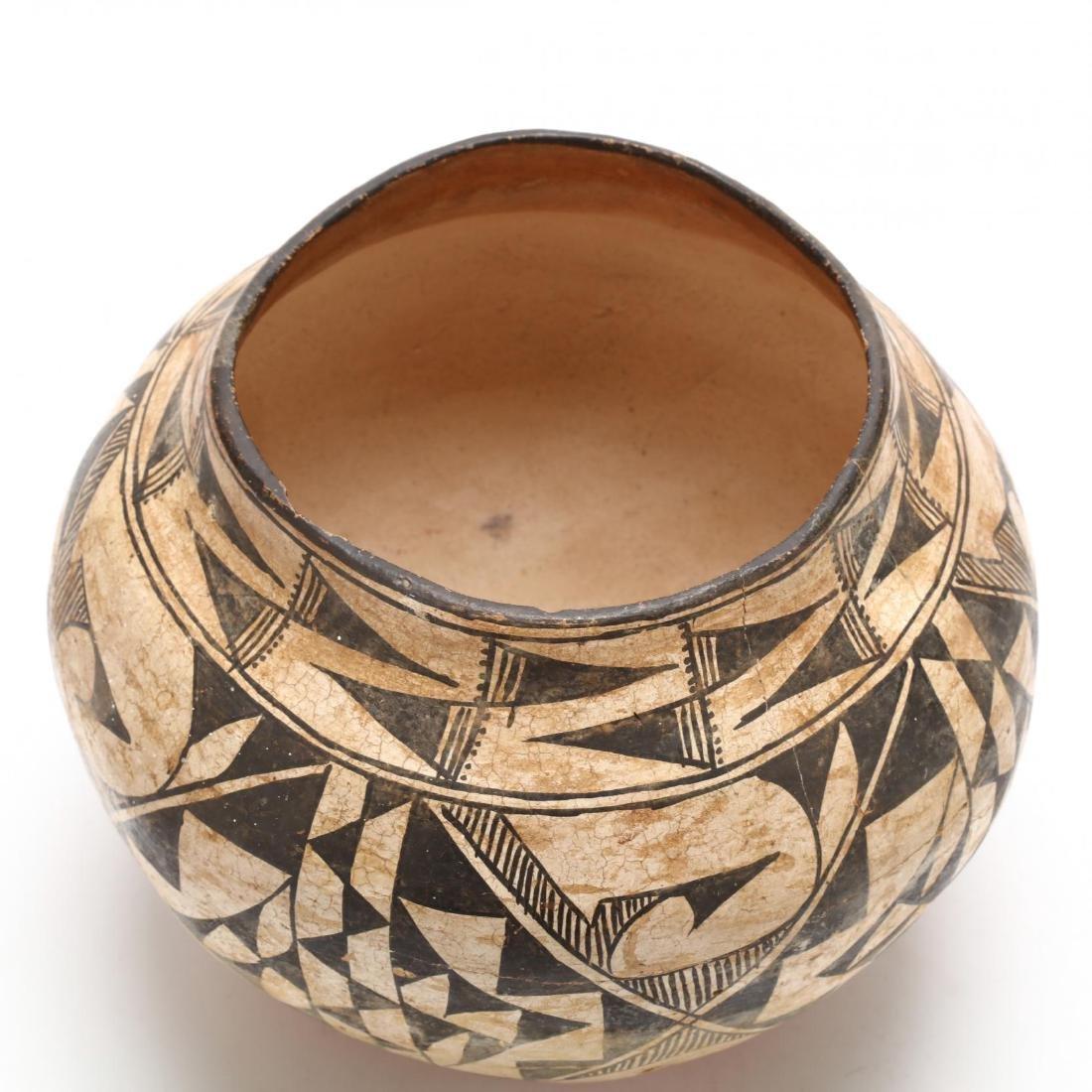 Acoma Pottery Olla - 2