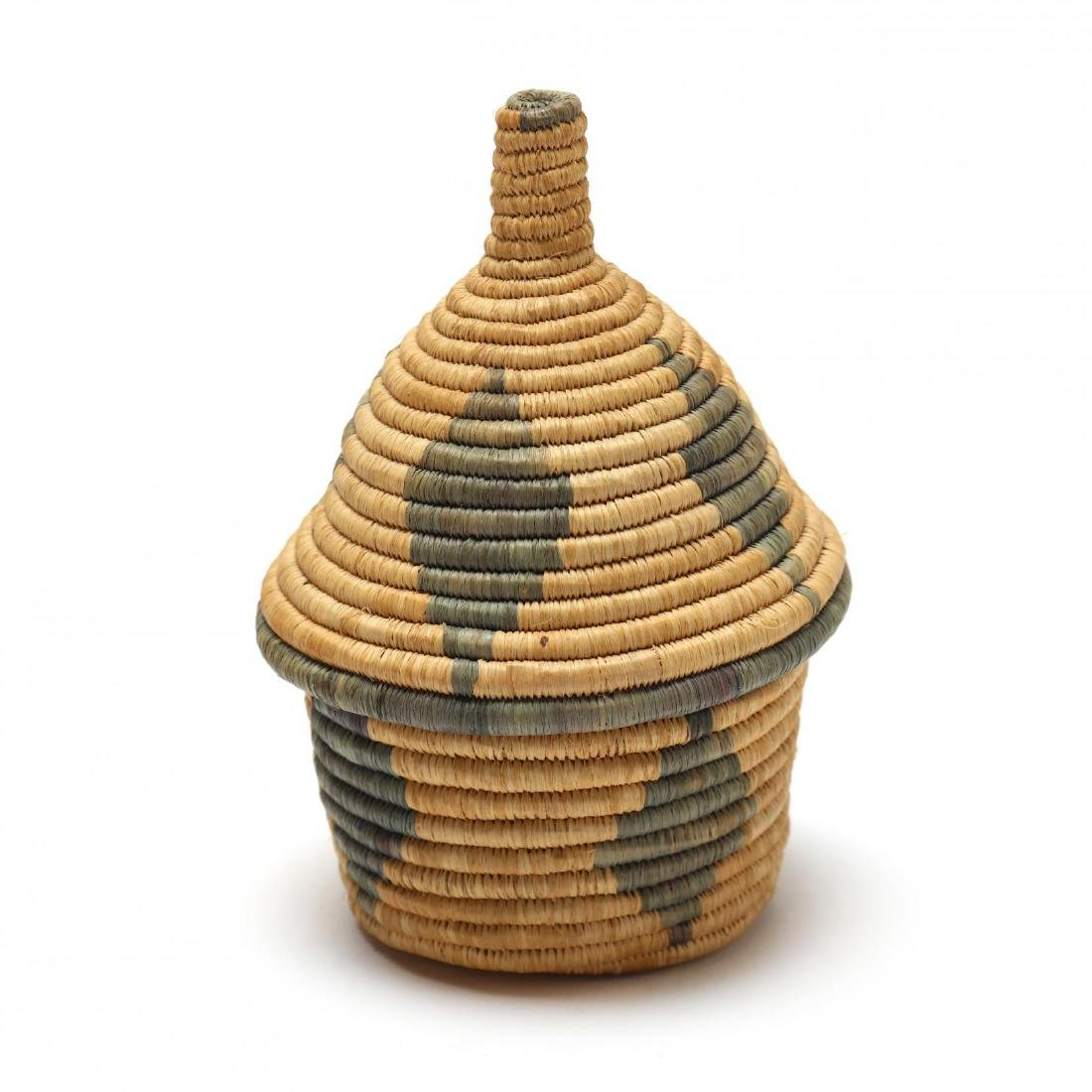 Two African Lidded Tutsi Baskets - 4
