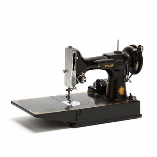 Antique Singer Featherweight Sewing Machine 7f2f14f89d0a
