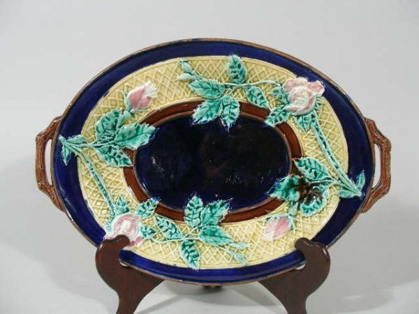 1040: Majolica Bread Tray, Possibly George Jones, 19th