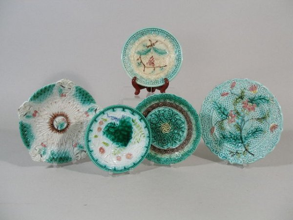 1143: Five Majolica Plates, Continental, 19th c.,