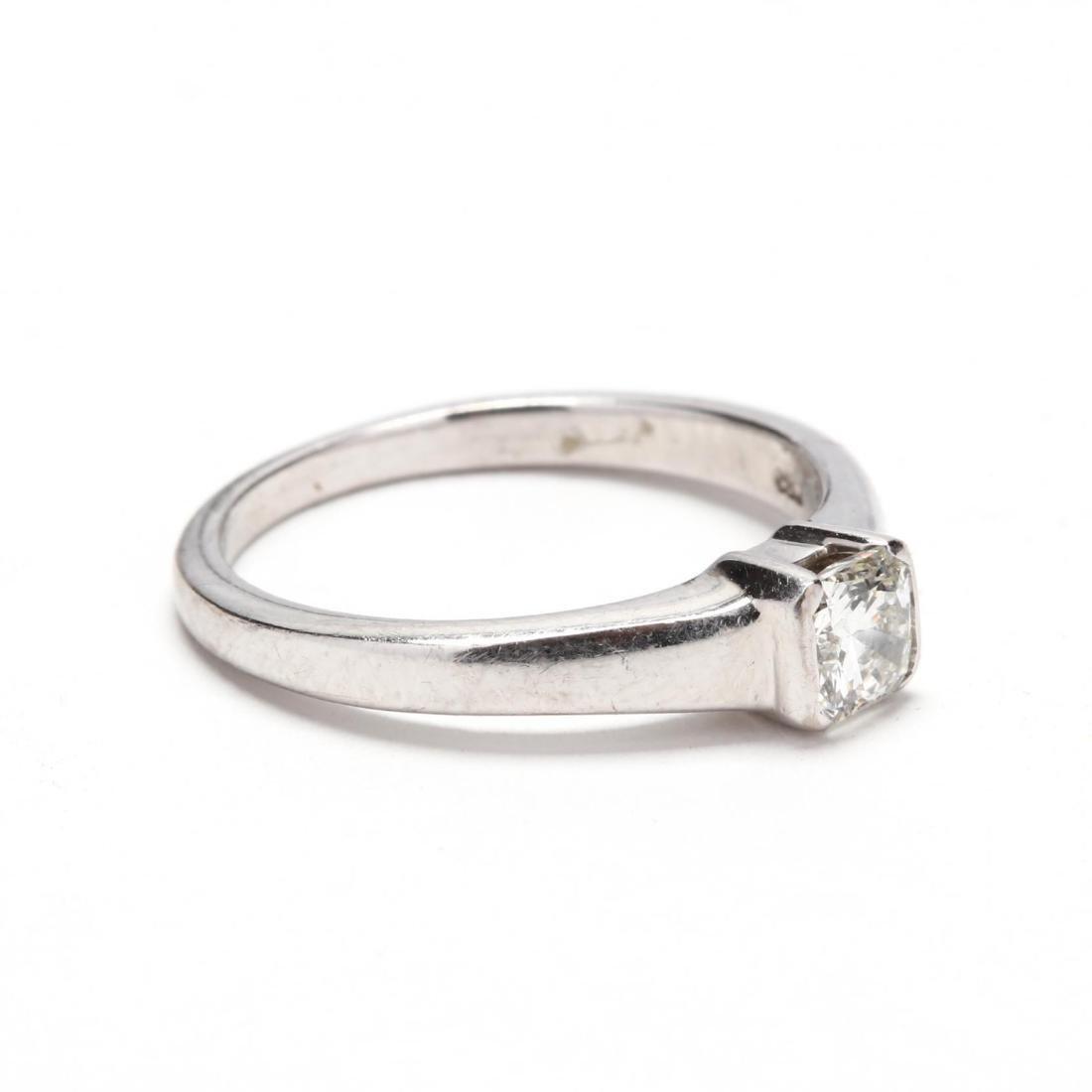 18KT White Gold Diamond Ring - 2