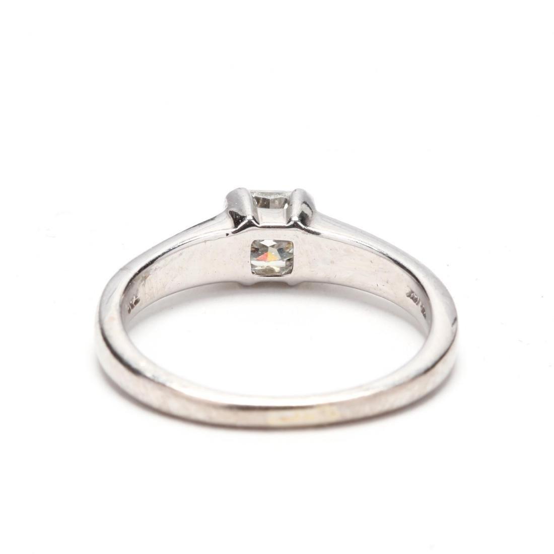 18KT White Gold Diamond Ring - 3