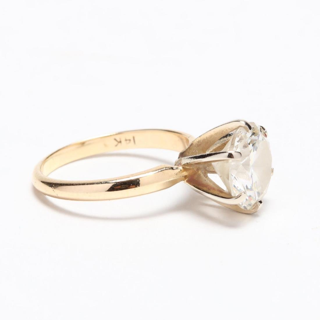 Unmounted Round Brilliant Cut Diamond and 14KT Gold - 5