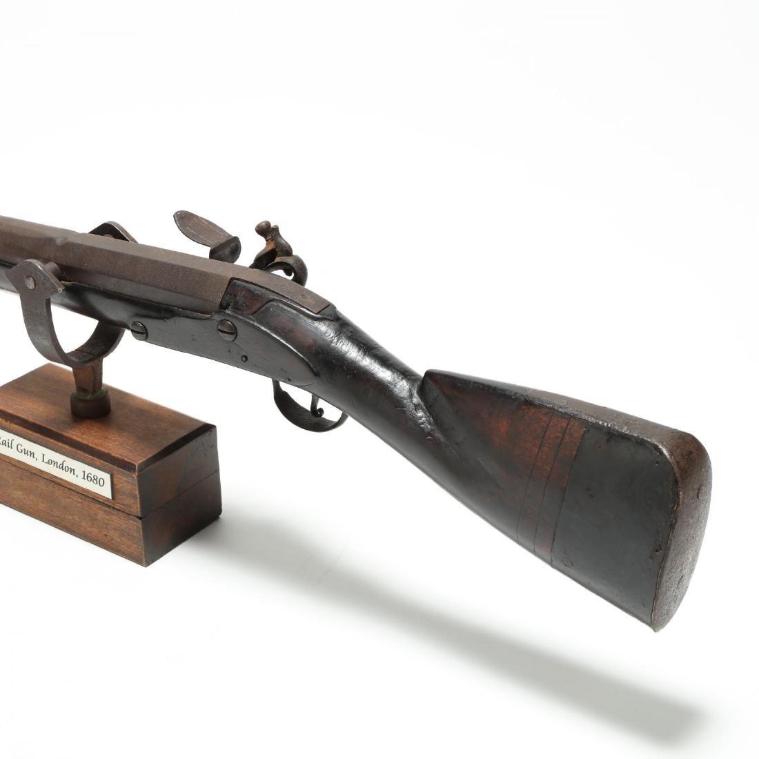 Imposing English Flintlock Rampart Gun - 4