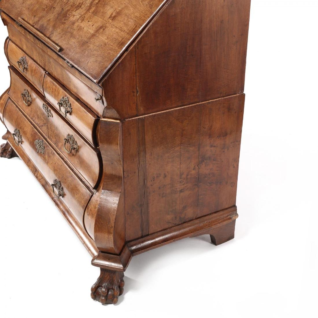French or Dutch Baroque Bombé Secretaire Bookcase - 10