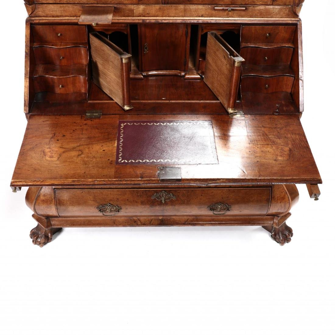 French or Dutch Baroque Bombé Secretaire Bookcase - 3
