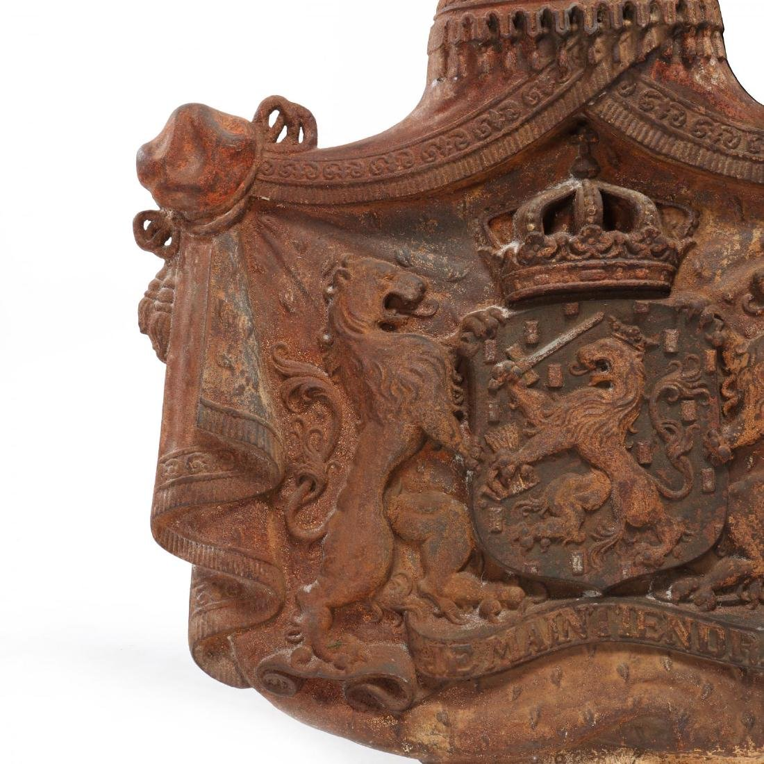 Cast Iron Coat-of-Arms of the Kingdom of The - 3