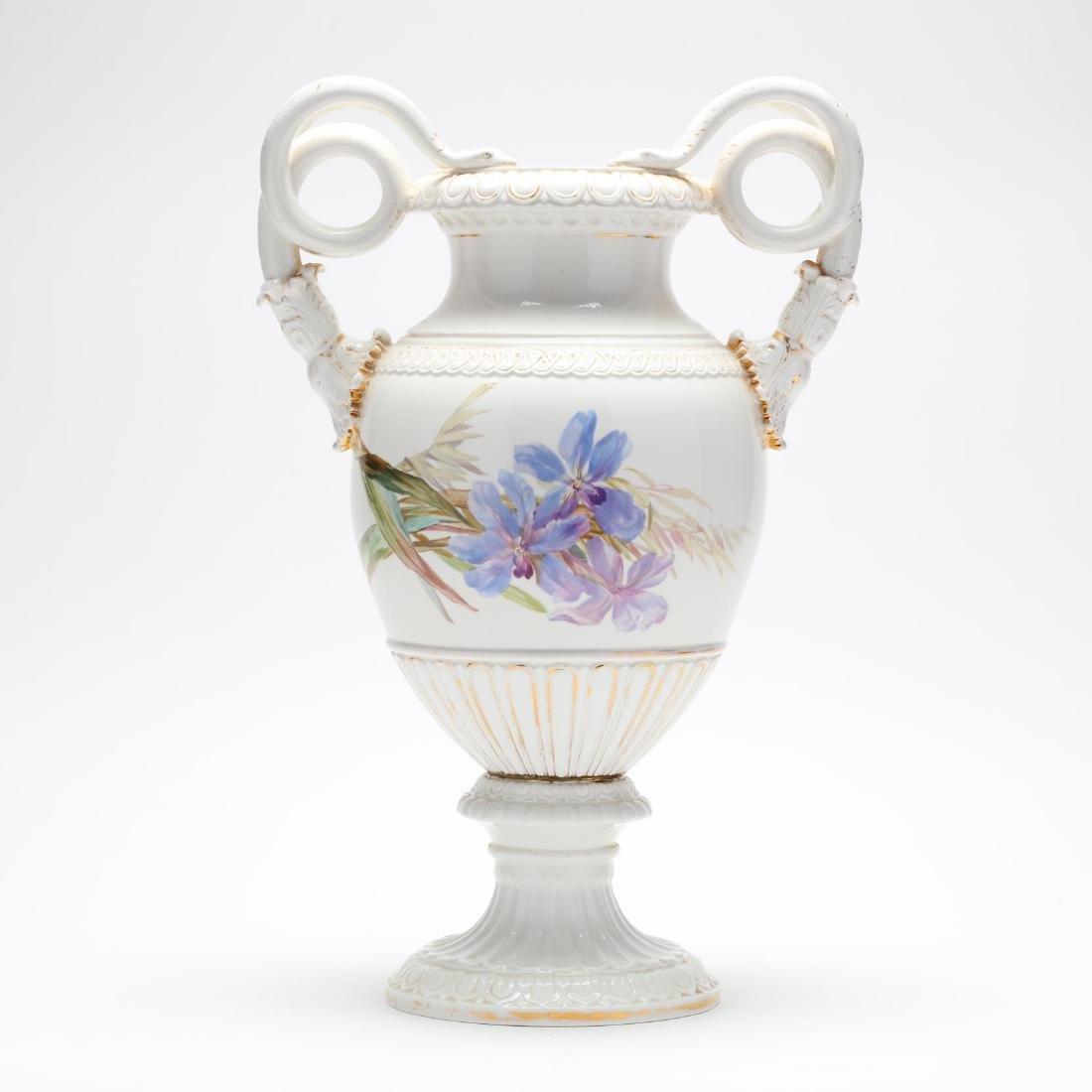 A Meissen Gilt Decorated Porcelain Vase - 3