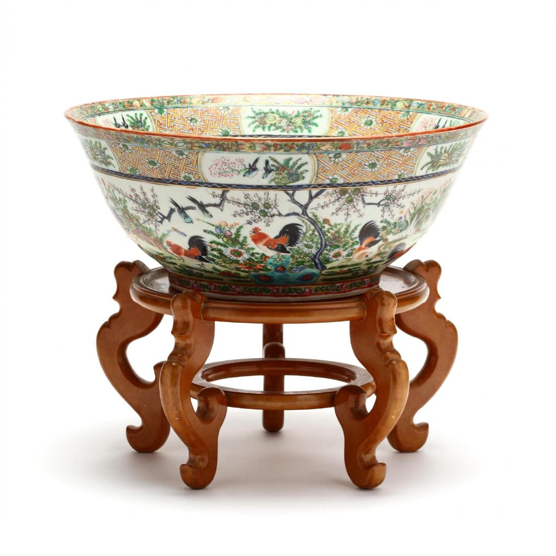 A Rare Large Chinese Export Porcelain Punch Bowl with - 2