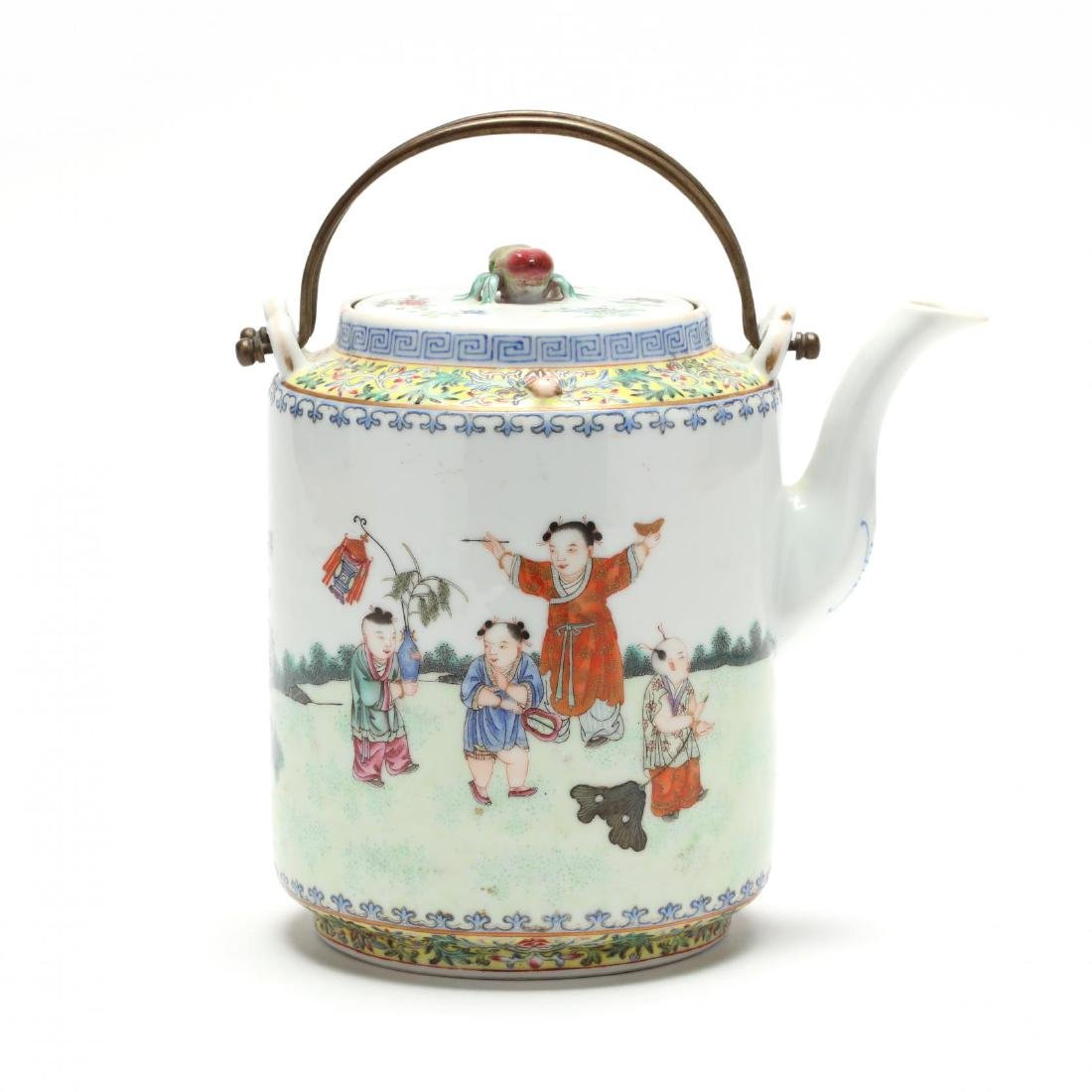 A Chinese Qing Dynasty Porcelain Teapot - 3