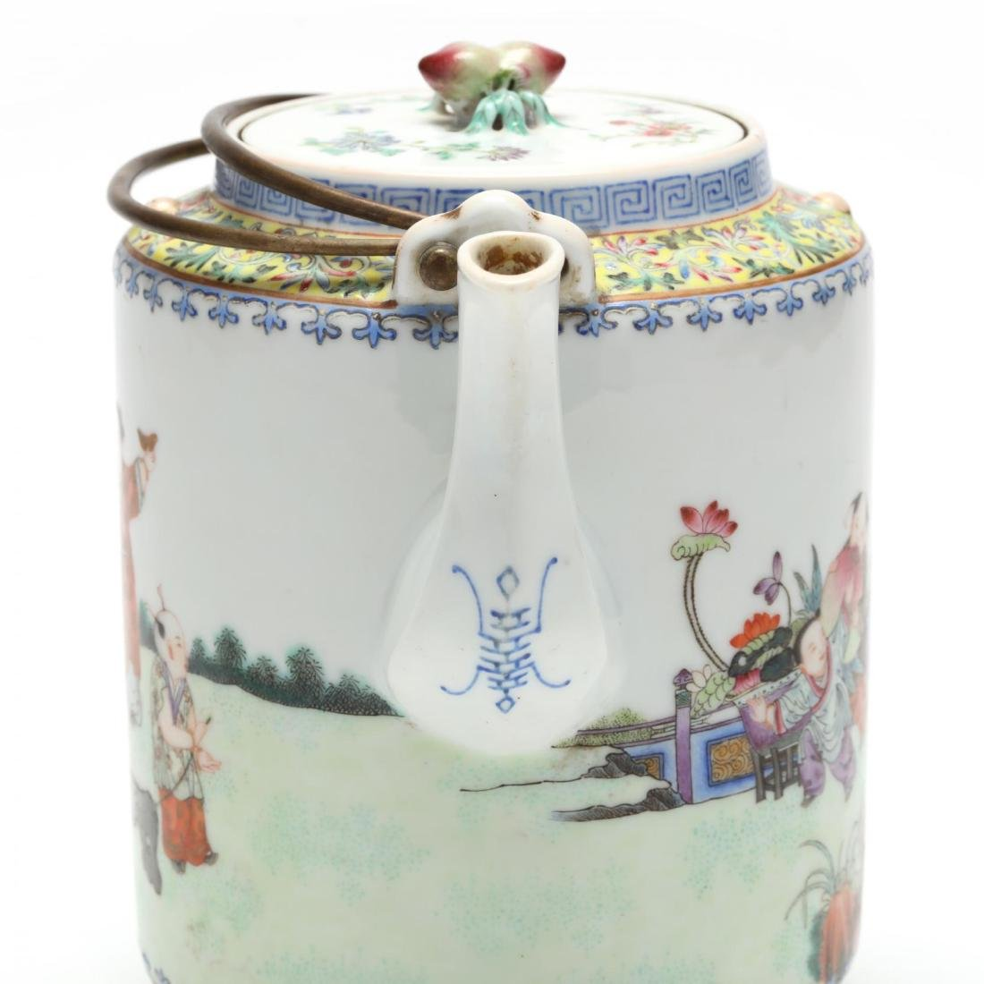 A Chinese Qing Dynasty Porcelain Teapot - 5
