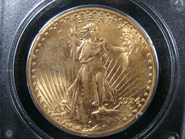 1009: 1924 PCGS MS 62 $20 Gold St. Gaudens Double Eagle