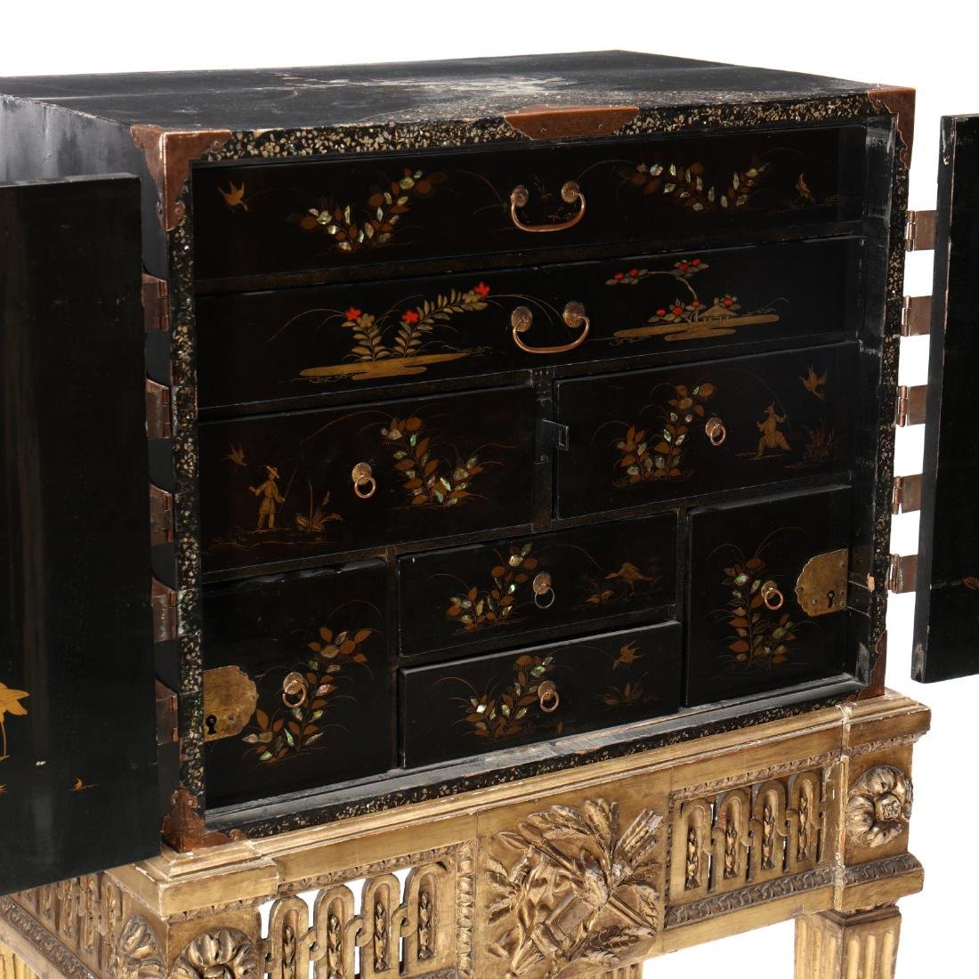 A Japanese Lacquered Cabinet on a Carved Giltwood Stand - 3