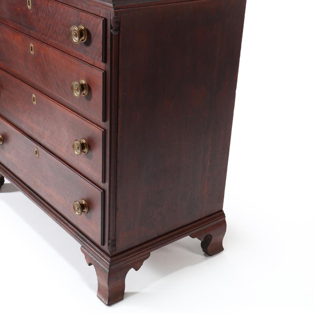 Mid-Atlantic Chippendale Walnut Chest of Drawers - 5