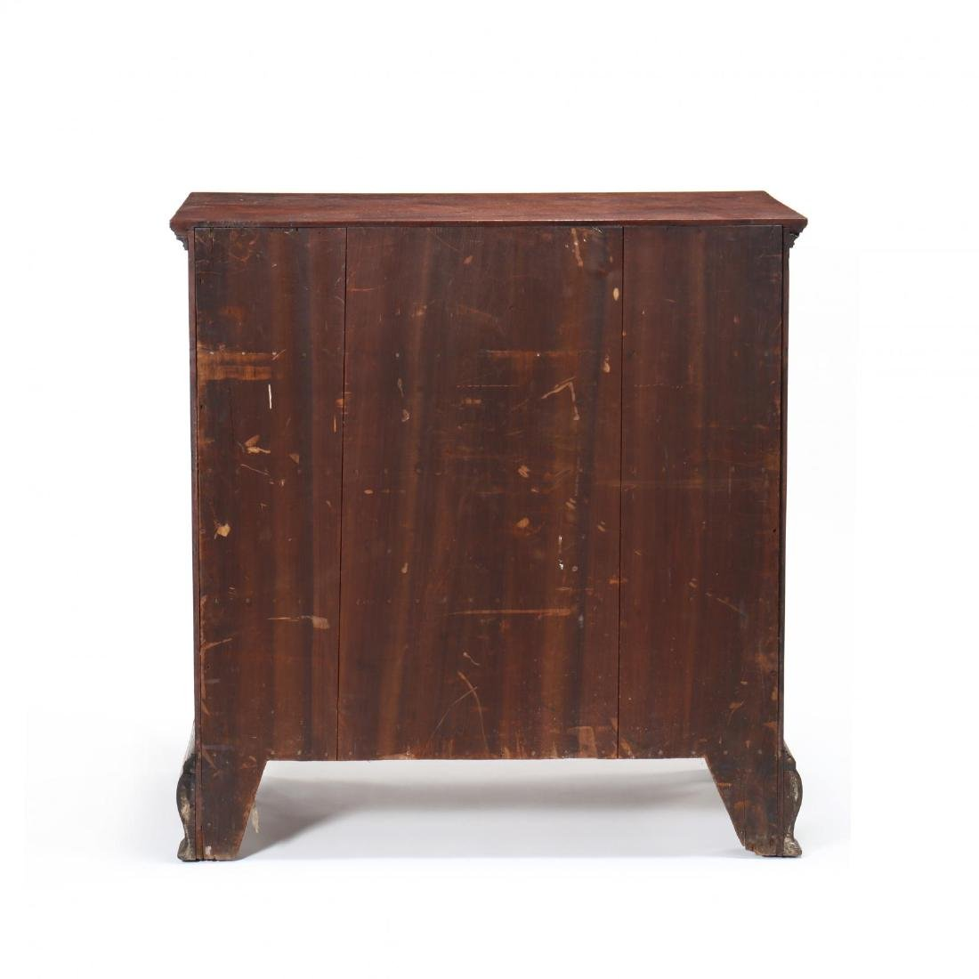 Mid-Atlantic Chippendale Walnut Chest of Drawers - 6
