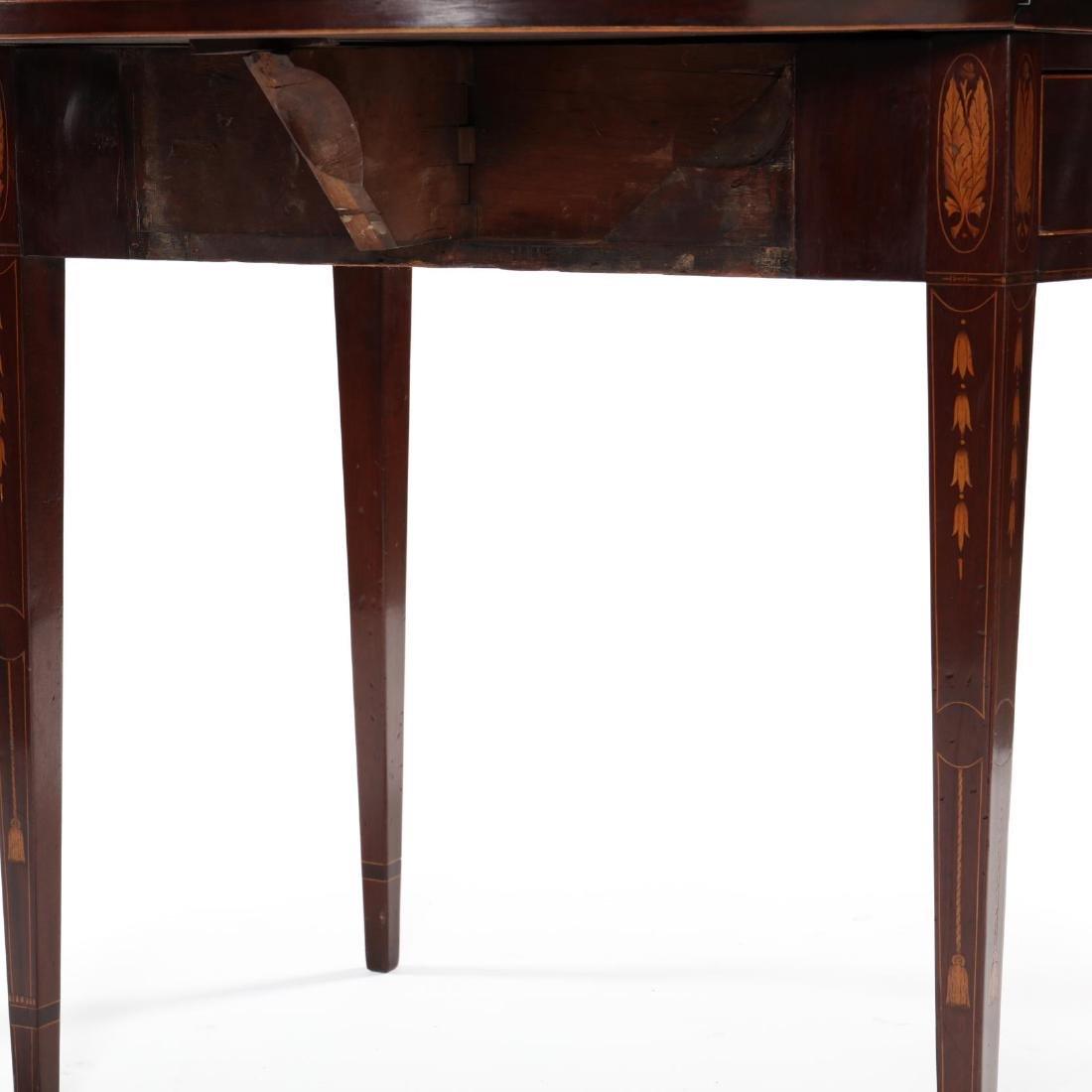 Baltimore Federal Inlaid Mahogany Pembroke Table - 4