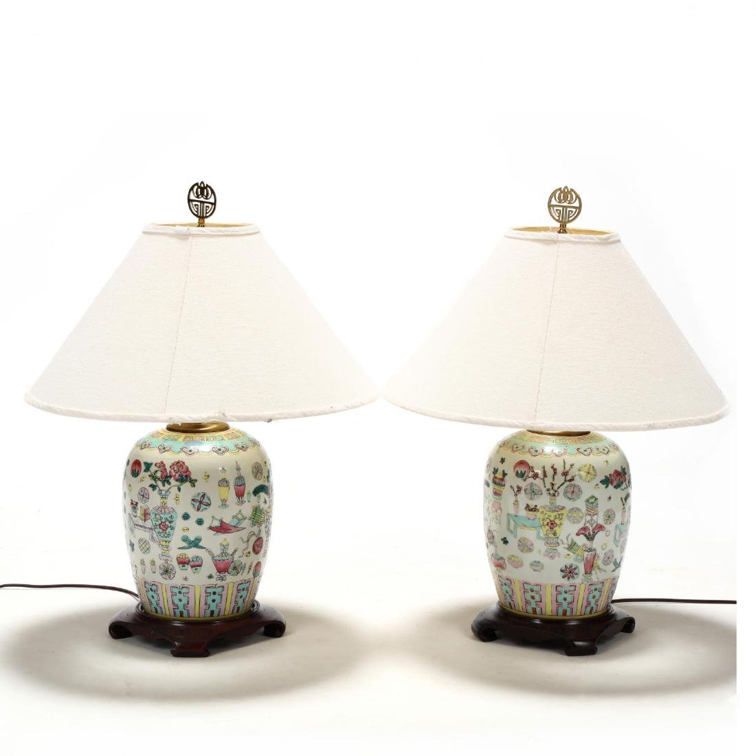 A Pair of Chinese Lamps with One Hundred Antiques Motif - 3