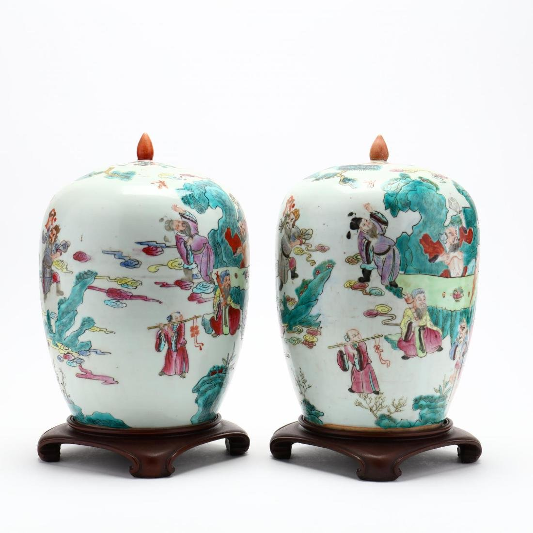 Pair of Chinese Export Porcelain Lidded Jars - 2
