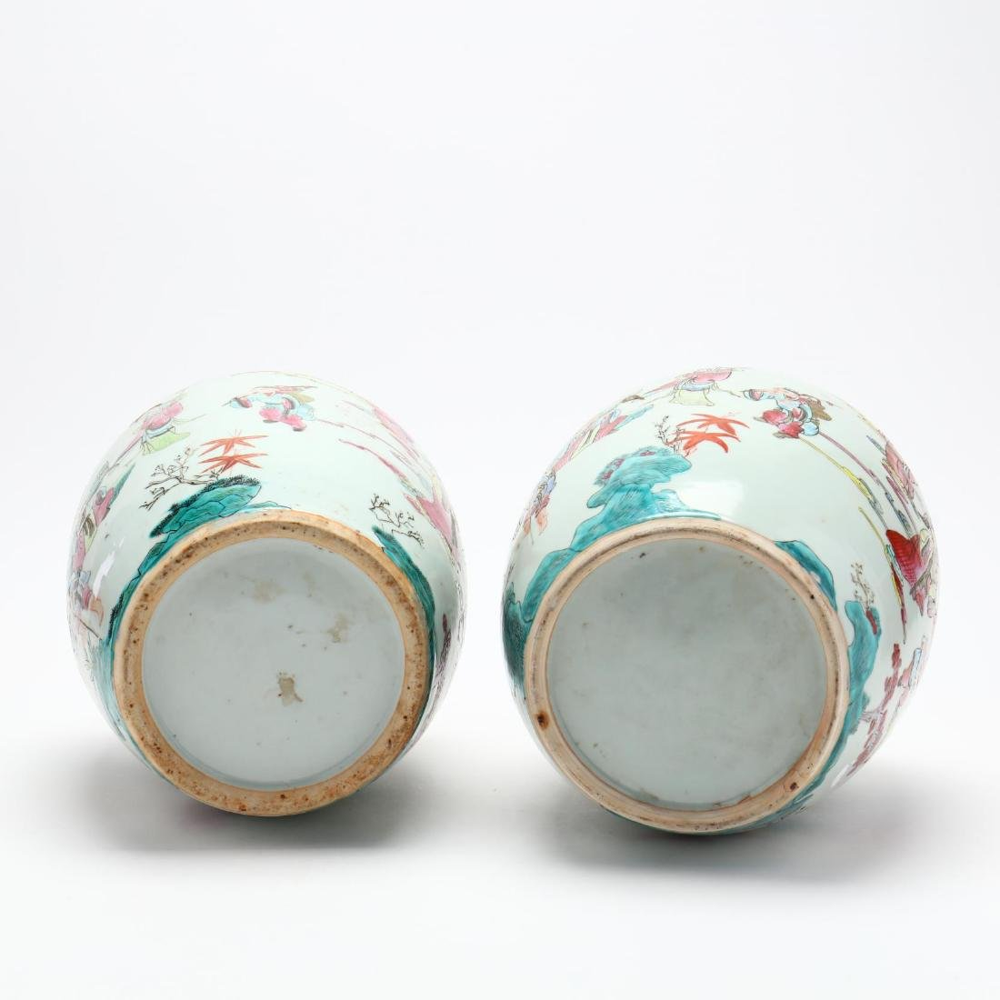 Pair of Chinese Export Porcelain Lidded Jars - 3