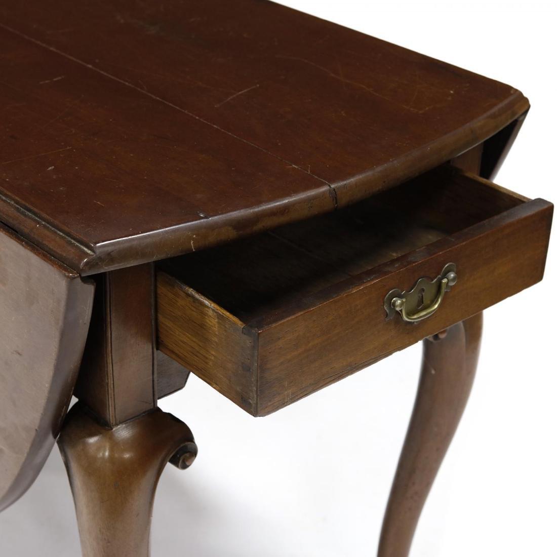 George II Drop Leaf Dining Table - 3