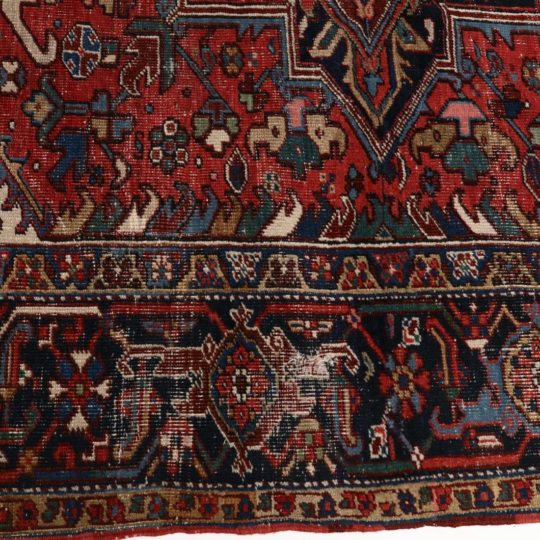 Heriz Carpet - 4