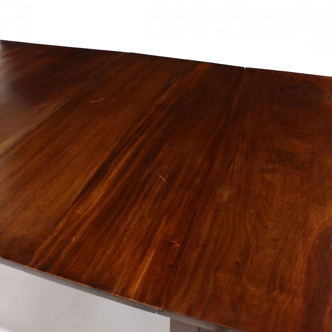 American Federal Mahogany Dining Table - 3