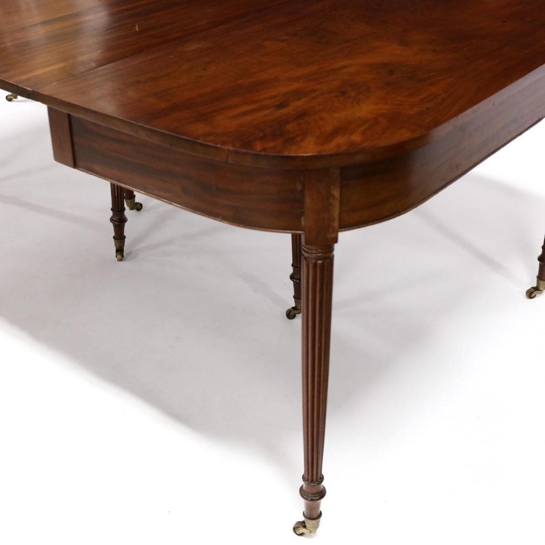 American Federal Mahogany Dining Table - 4