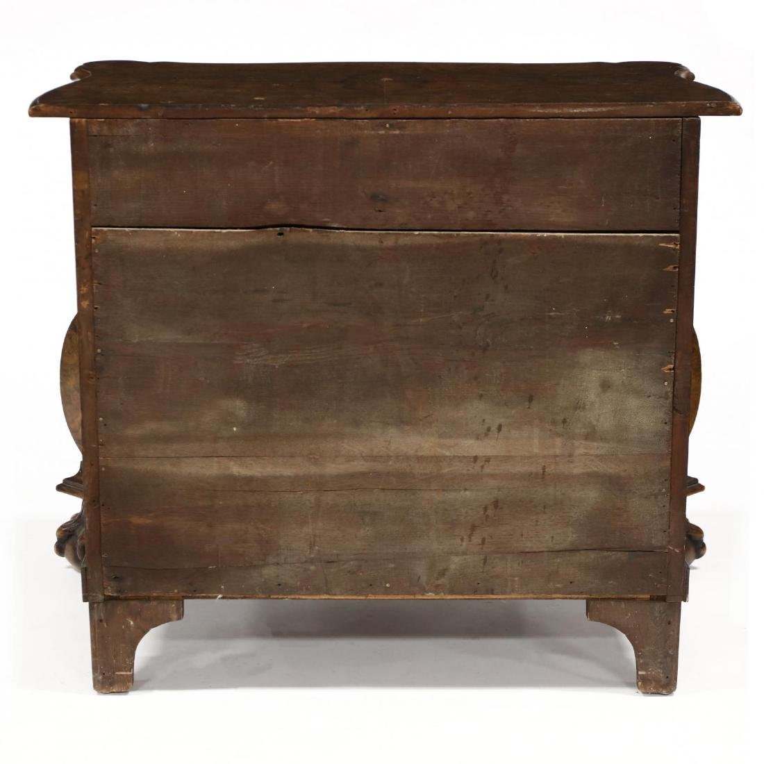 Italianate Burlwood Bombé Commode - 4