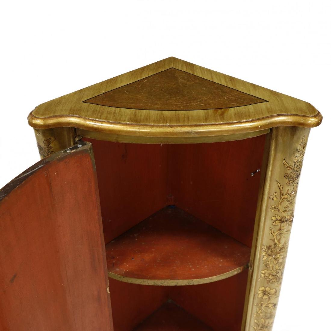 Chinoiserie Decorated Diminutive Corner Cabinet - 3