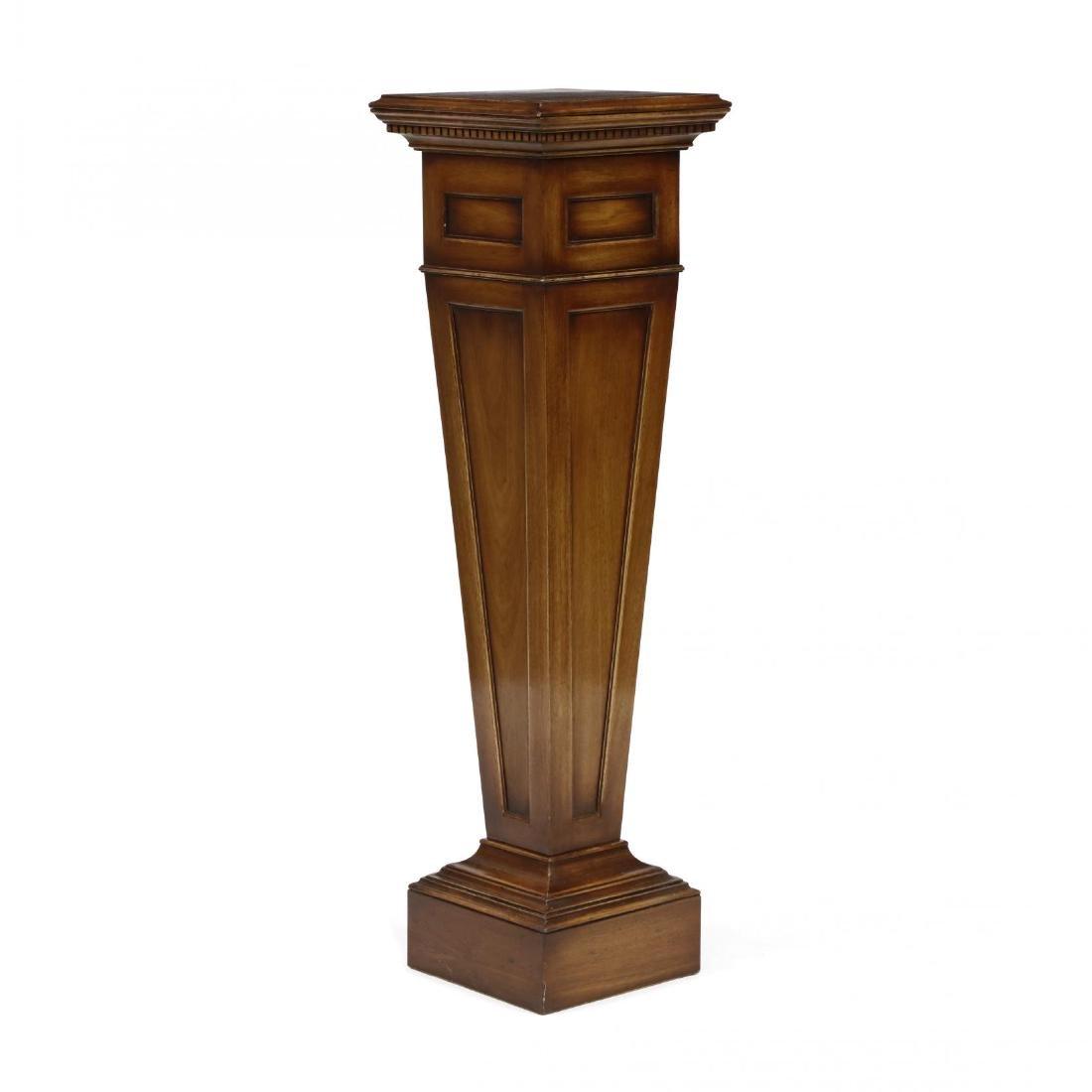 Georgian Style Mahogany Pedestal