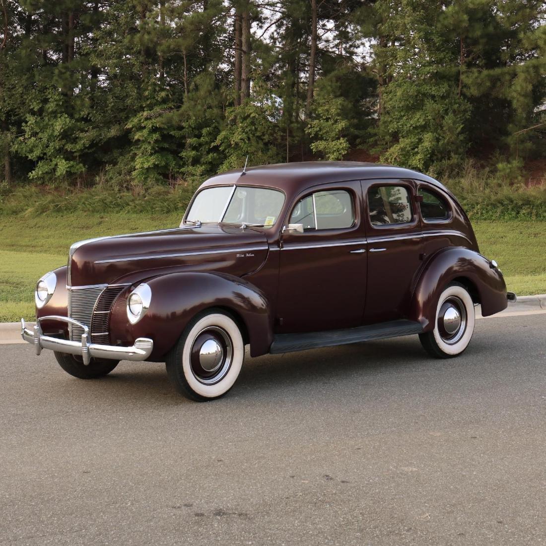 1940 Ford Deluxe Fordor Sedan