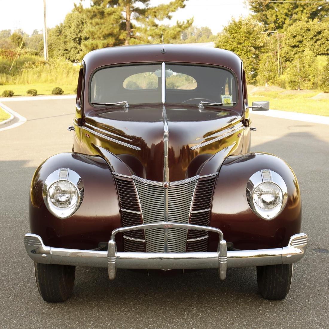 1940 Ford Deluxe Fordor Sedan - 3