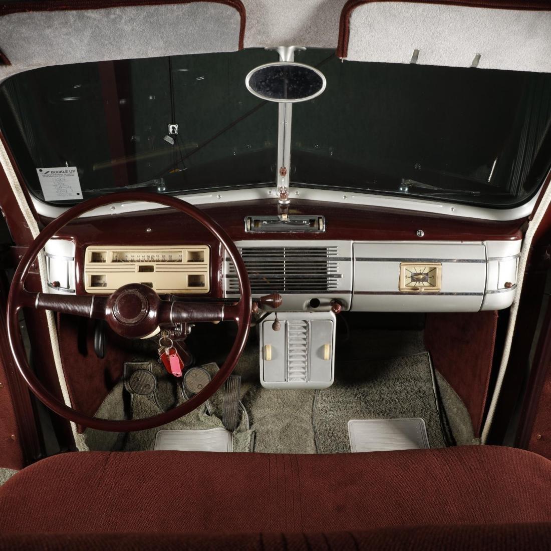 1940 Ford Deluxe Fordor Sedan - 8