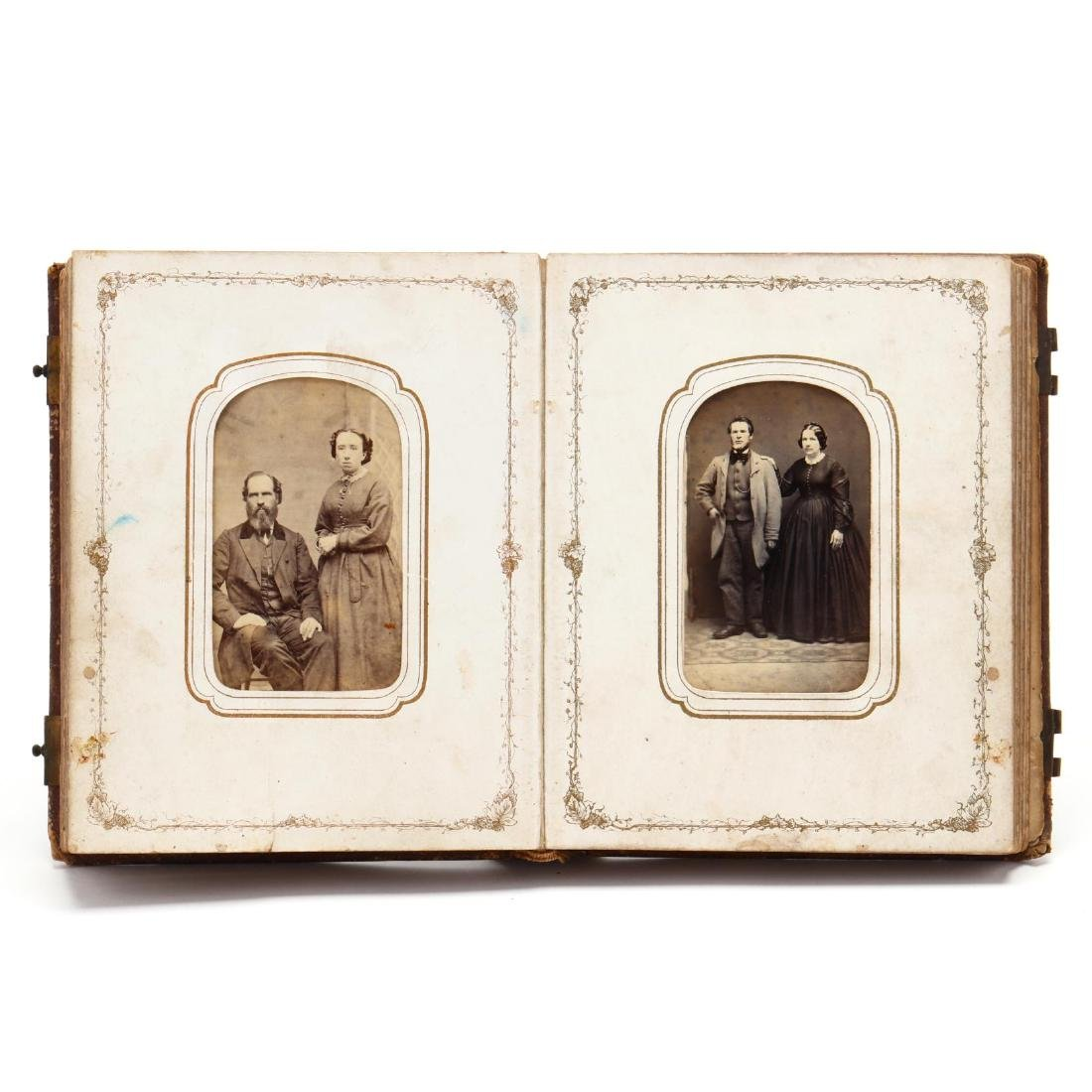 1860s Family CDV Album With Four Union Soldier - 3