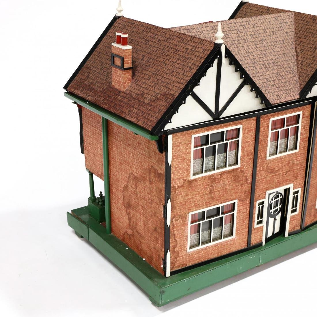 Edwardian Tudor-Style Doll House - 2